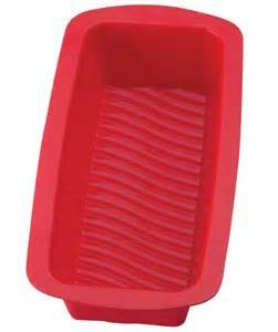The Essentials silicone loaf pan 9