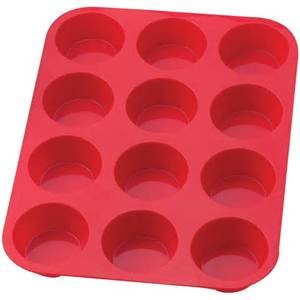 The Essentials silicone muffin pan 12 cup