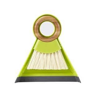 Full Circle Tiny Team mini brush/dustpan set