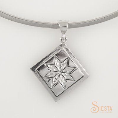 Siesta Lemoyne Star Medium Pendant P77779MED