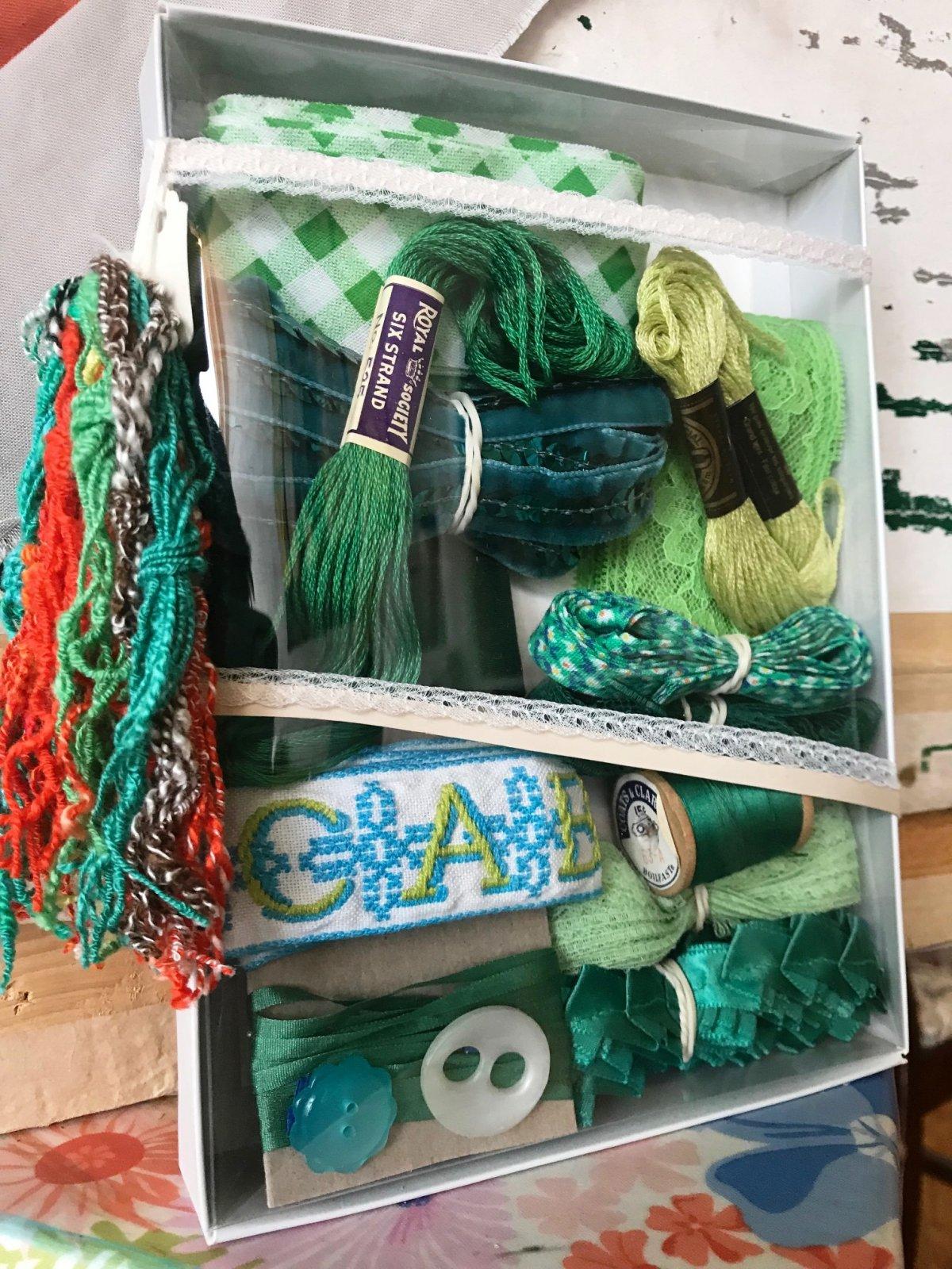 Vintage Kit Green