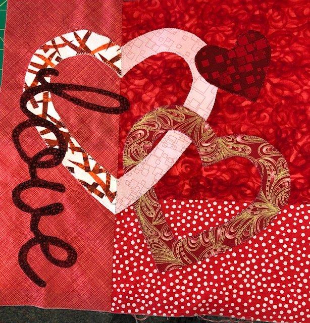 *Imagine - Art to Heart  - Love Mini Quilt Kit - ATHLOV-01