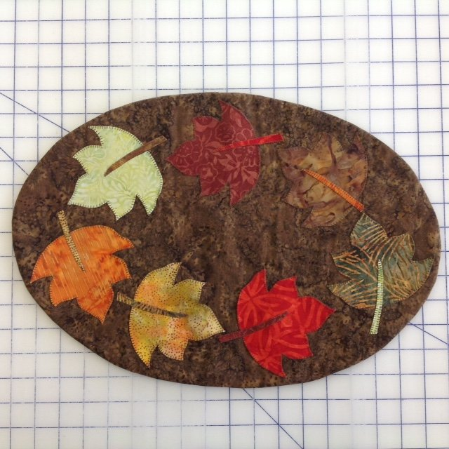 *April Festive Fall Quilts Fabric Kit - Swirling Leaves Place Mats - FFAPRK-01