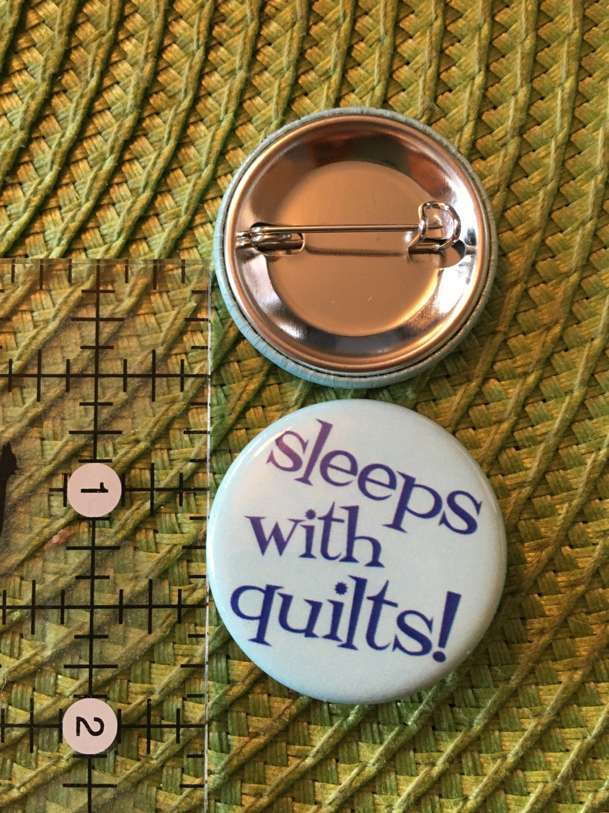 *Sew Sassy Button - sleeps with quilts - SWQ