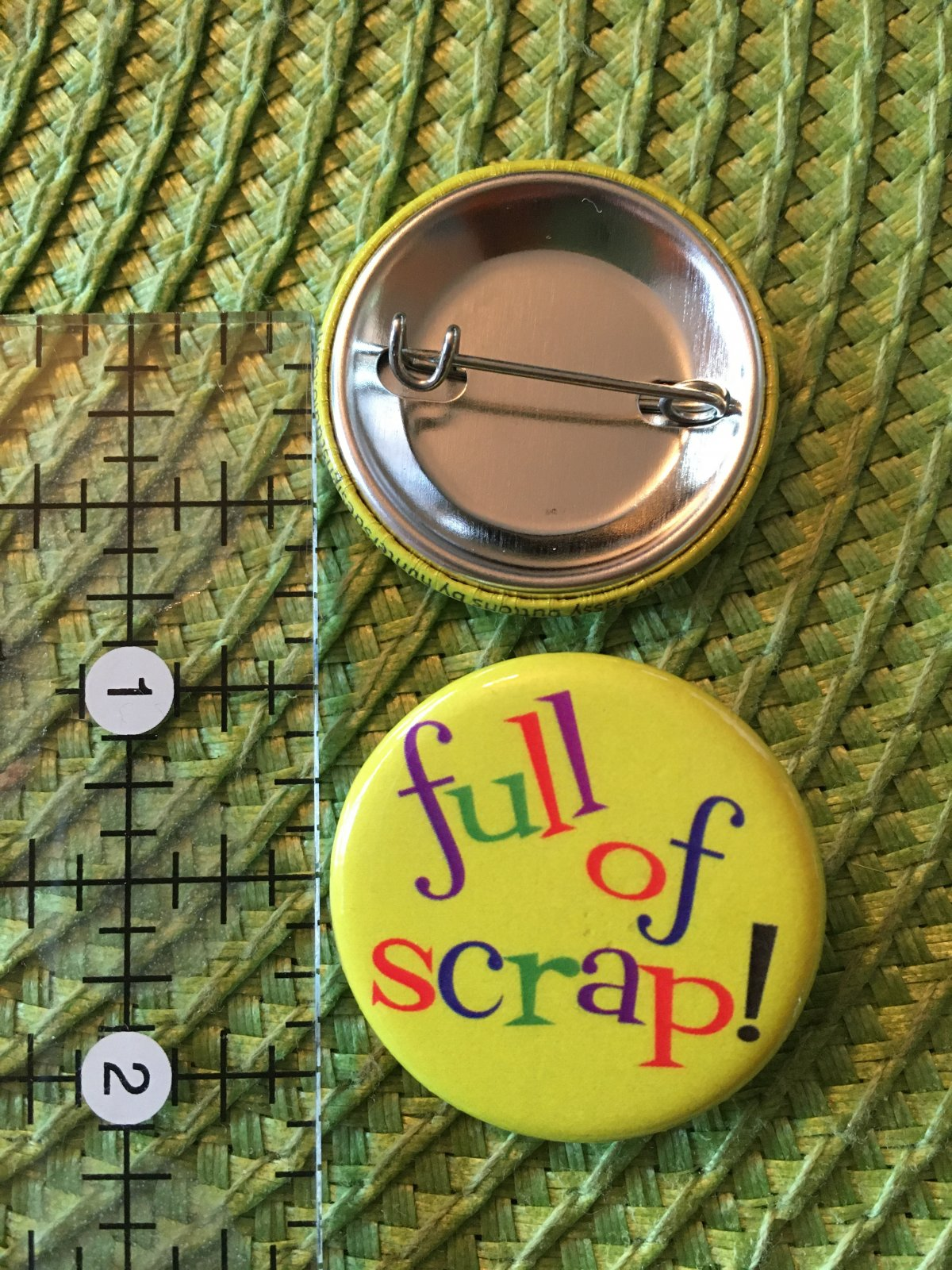 *Sew Sassy Button - full of scrap! - FOS