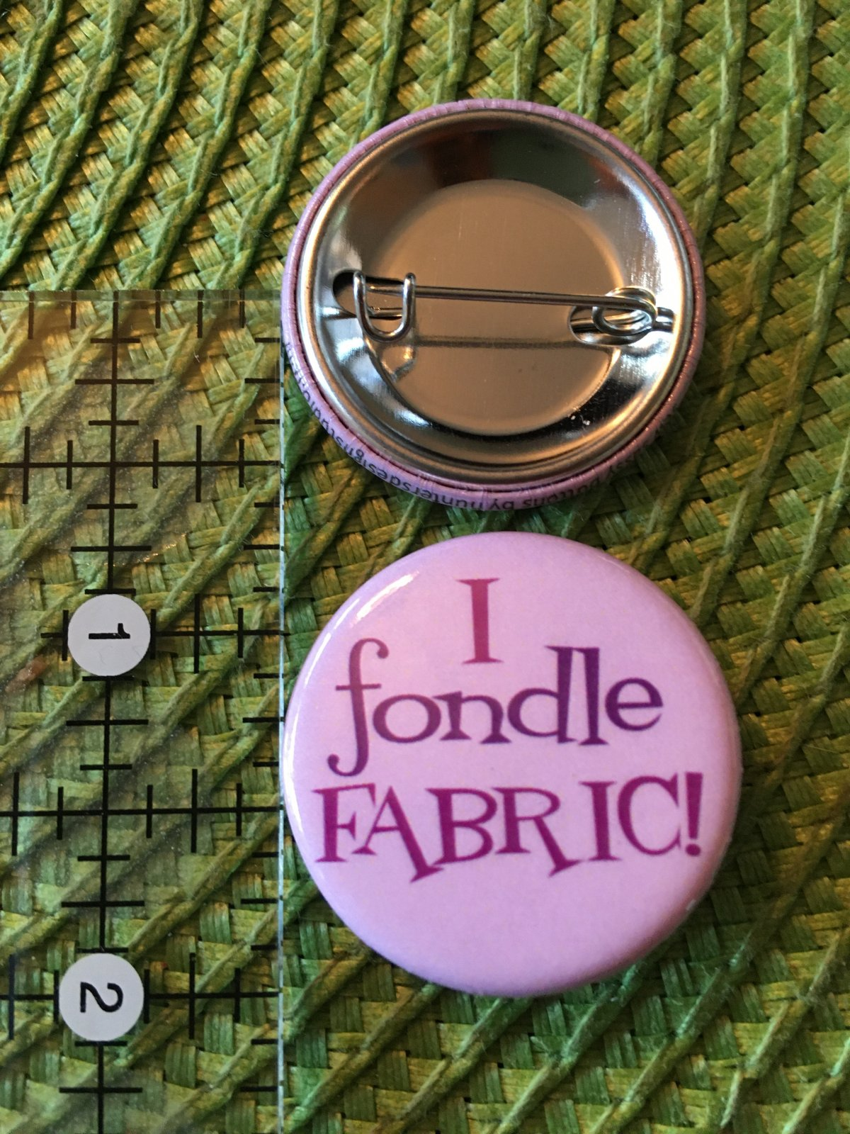 *Sew Sassy Button - I fondle FABRIC - IFF