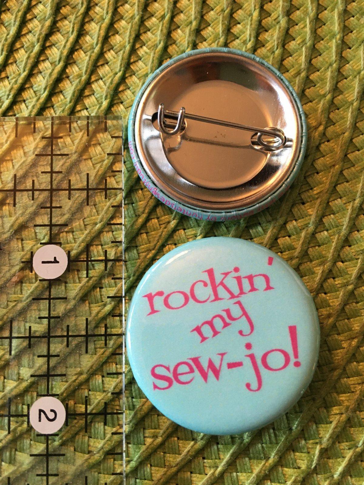*Sew Sassy Button - rockin' my SEW-jo! - RMS