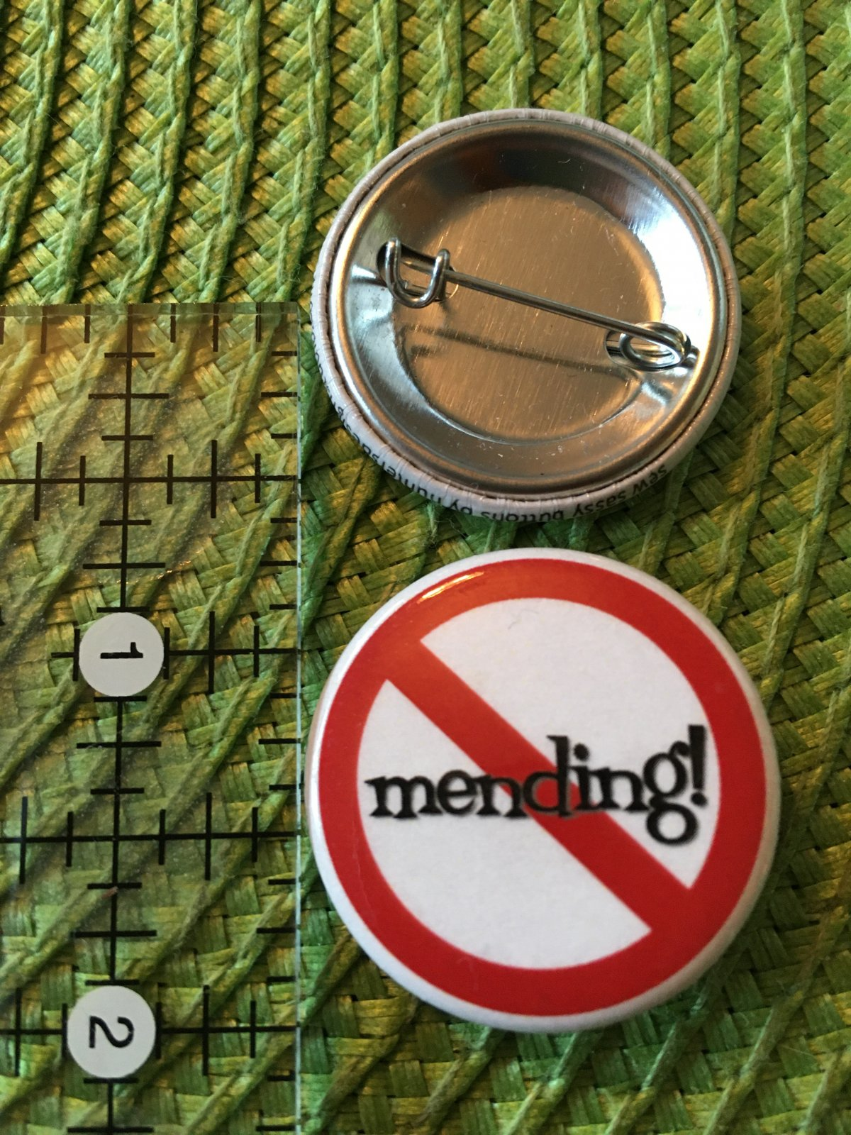 *Sew Sassy Button - no mending - NM