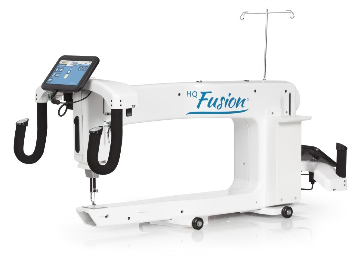HQ Fusion 24 Long Arm & Pro-Stitcher & with 12' HQ Gallery 2 Frame