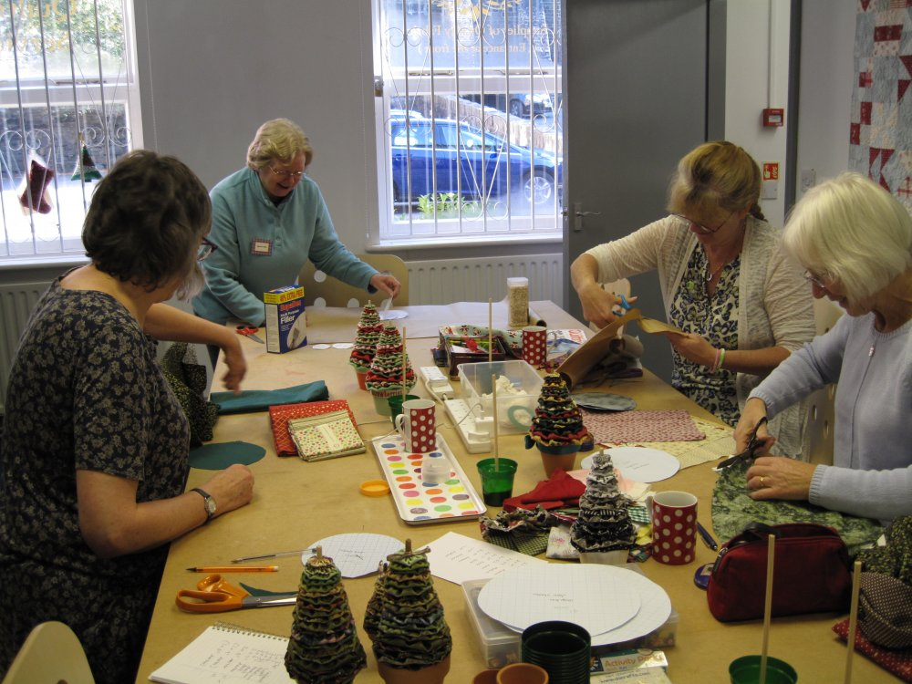 Suffolk puff christmas trees with Maureen Dilley