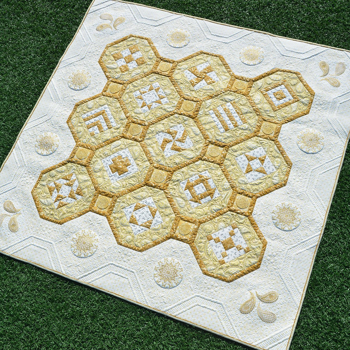 Jubilee Quilt Kit, 125th Anniversary