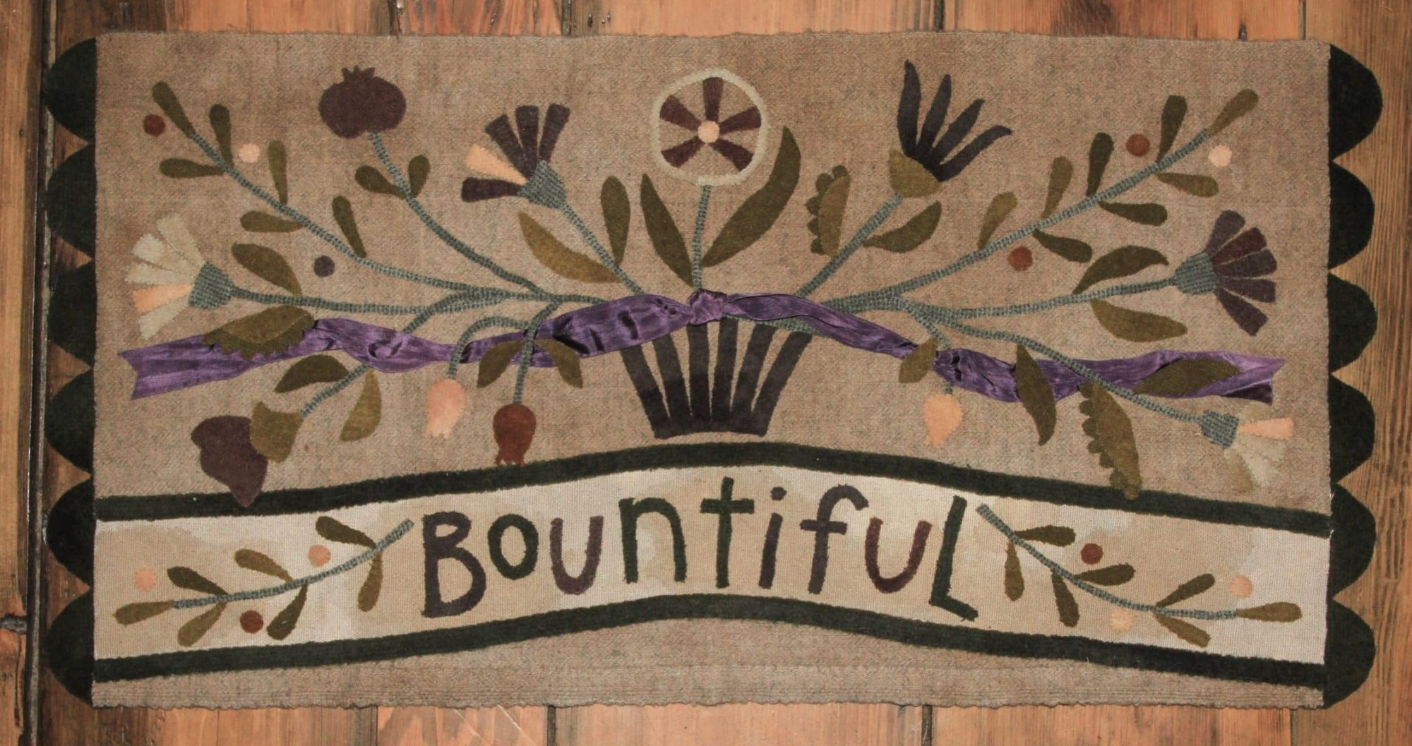 Bountiful Pattern by Maggie Bonanomi