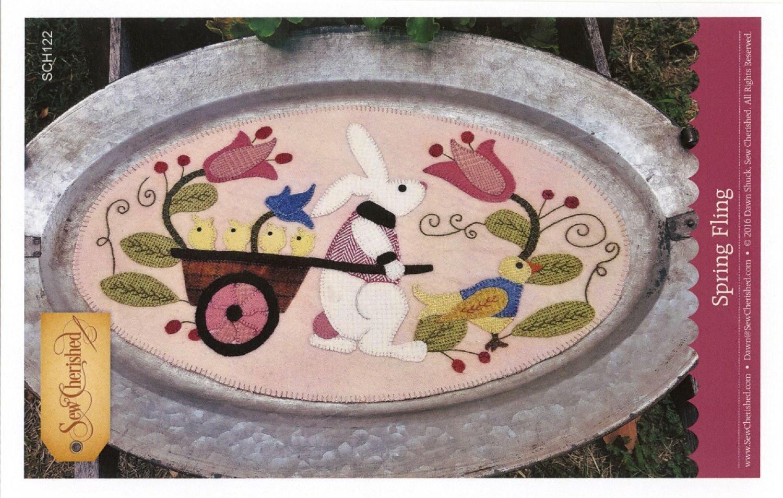 Spring Fling Wool Tablemat / Tin Tray Mat