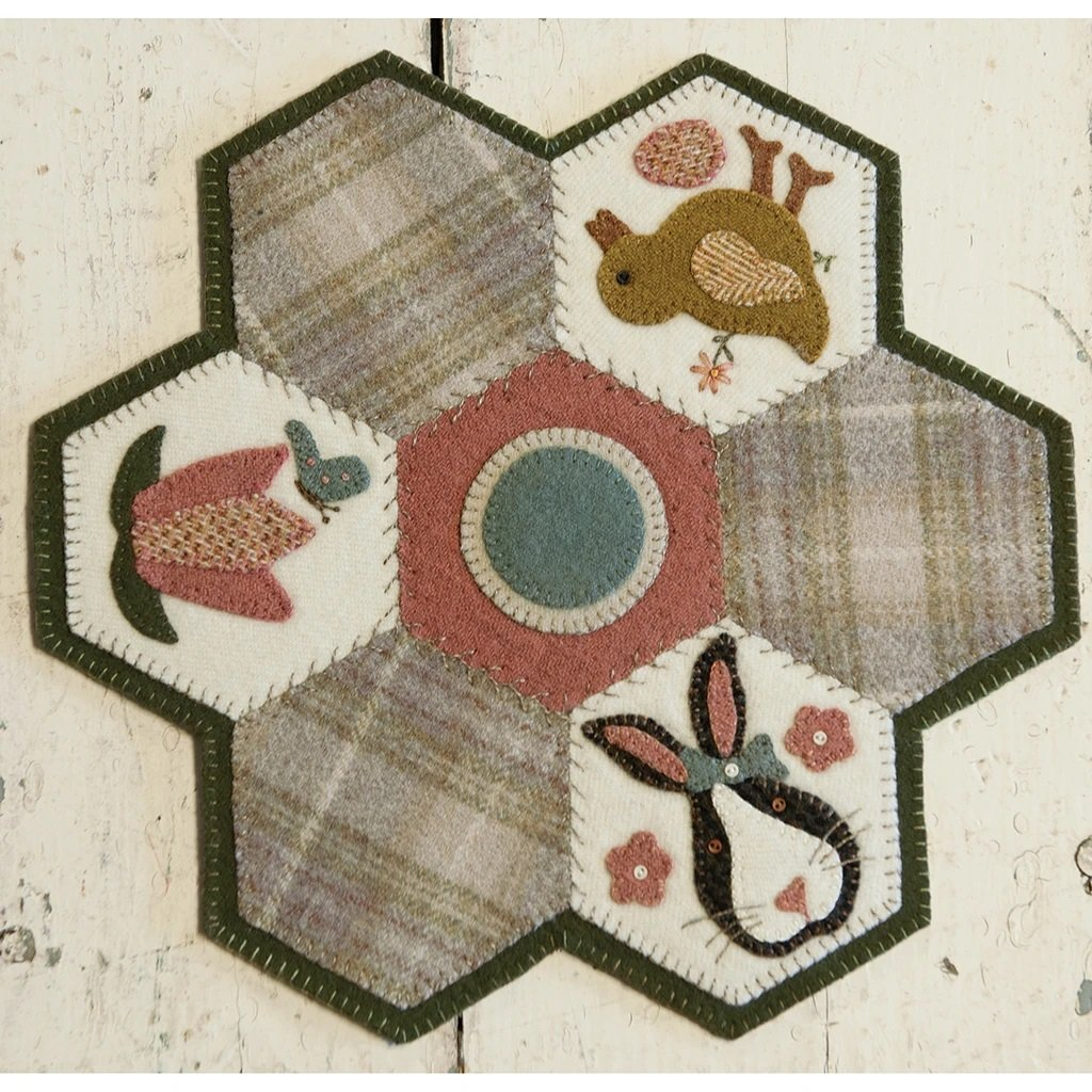 Buttermilk Basin Quilt Patterns - Hexi Mat - April