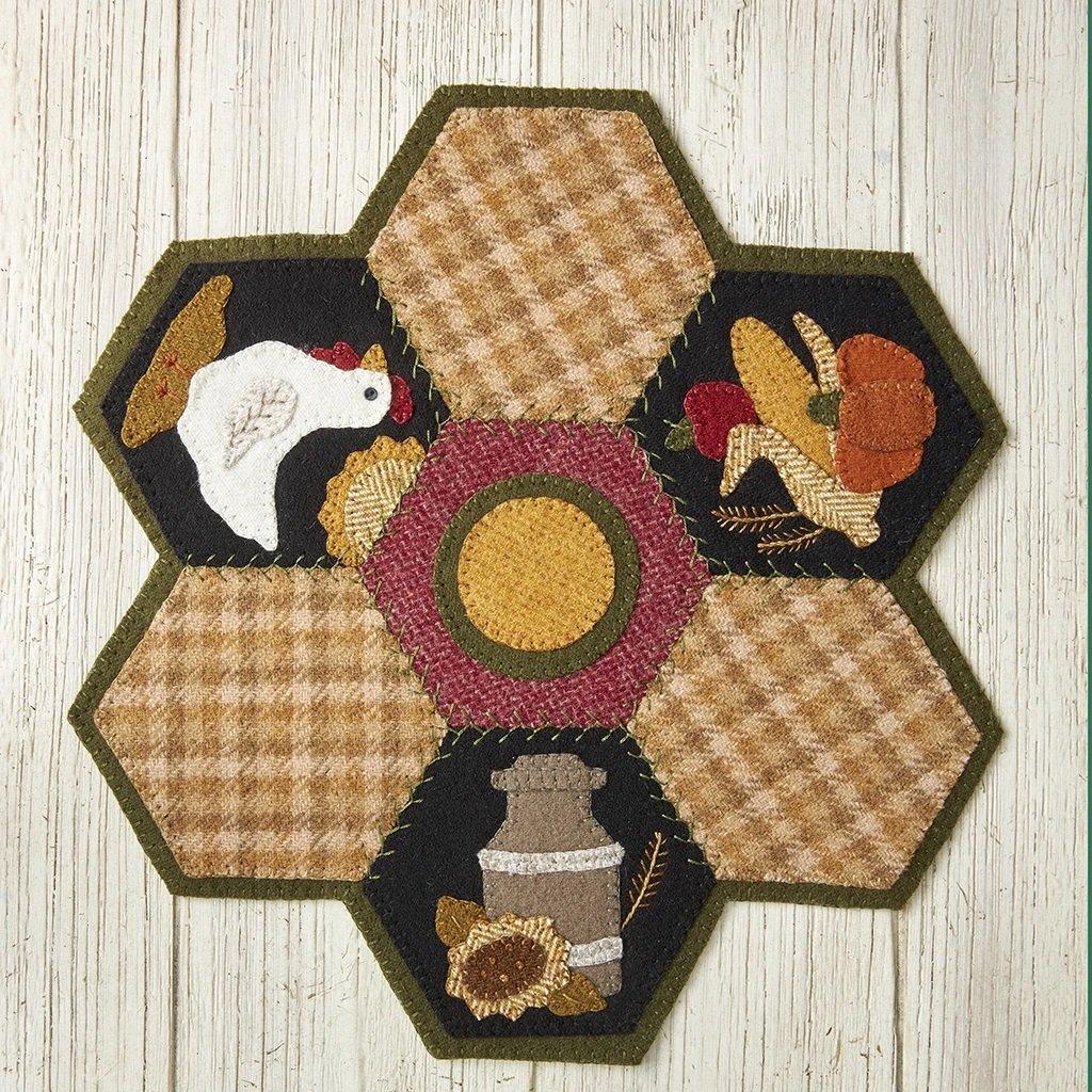 Buttermilk Basin Quilt Patterns - Hexi Mat - August