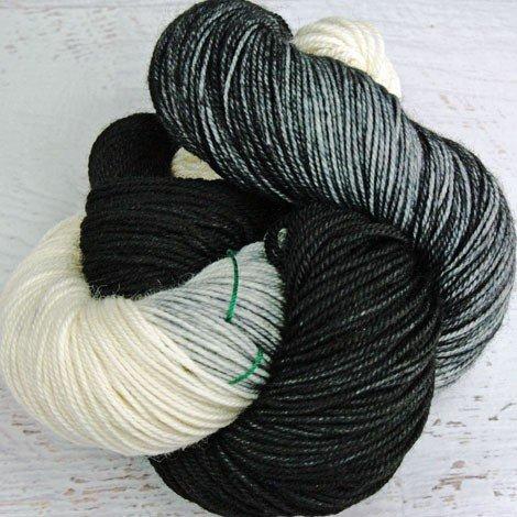 Dragonfly Fibers - Djinni Sock - Socks For Sox