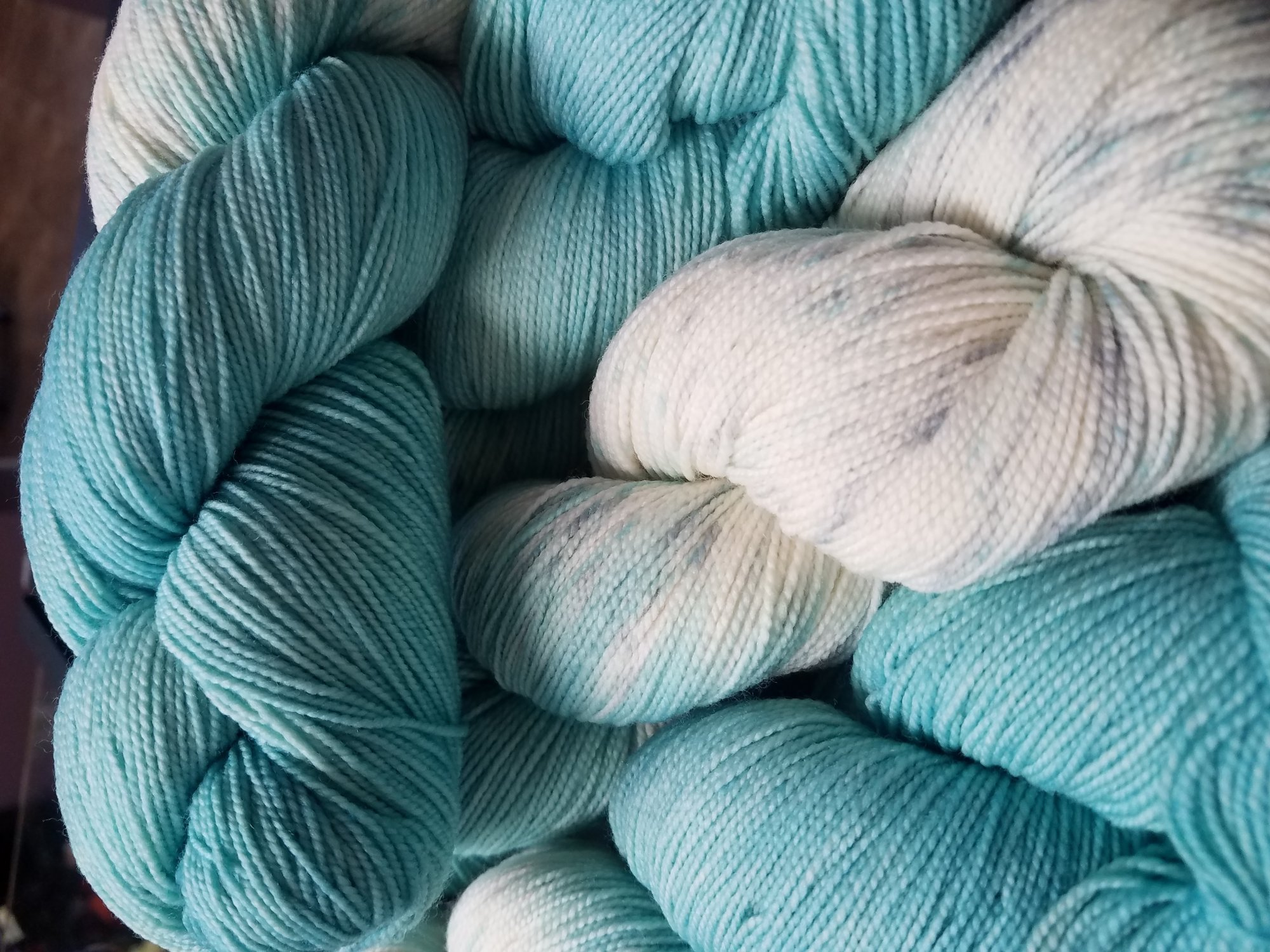 The Fiber Seed - Sprout DK - Half Speckled - Breakfast at Tiffany's