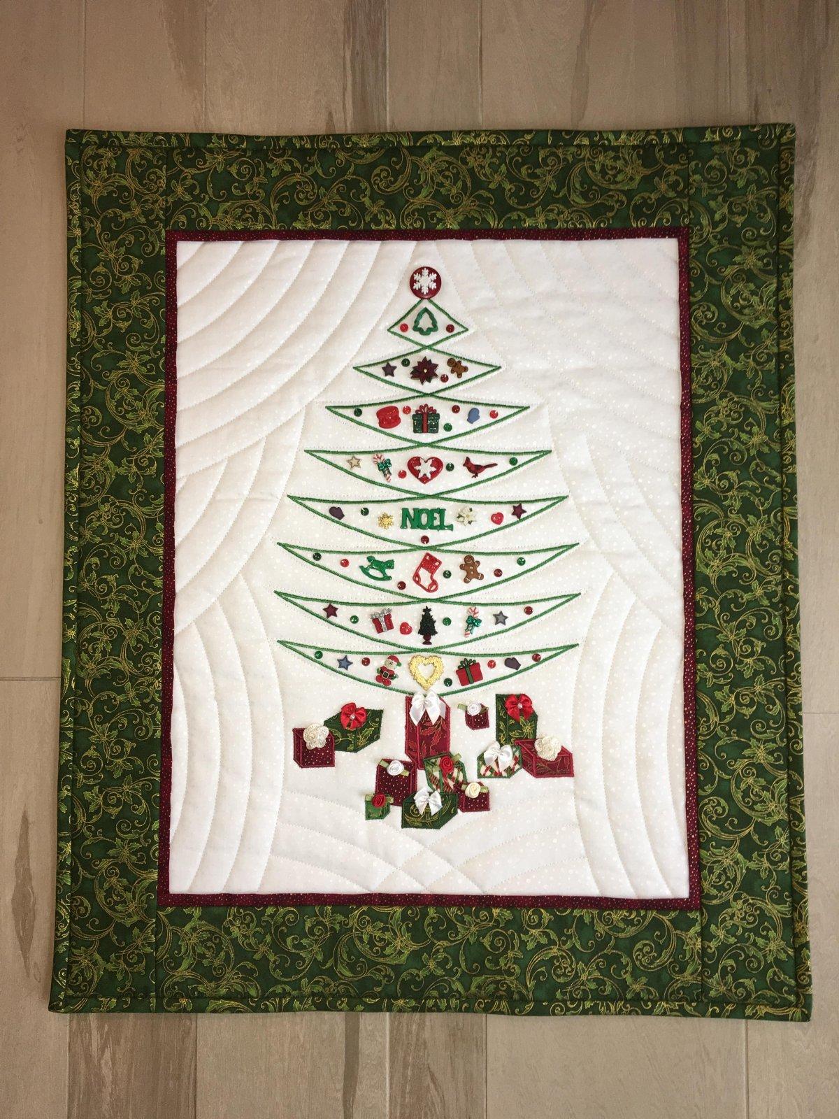 Sewing Revolution Dee by Dee Christmas Tree Pattern