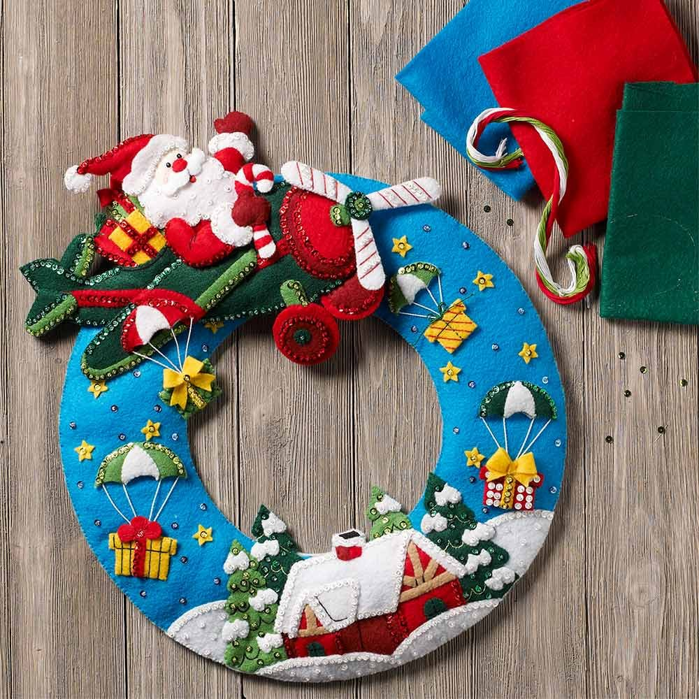 Bucilla Airplane Santa Wreath Kit