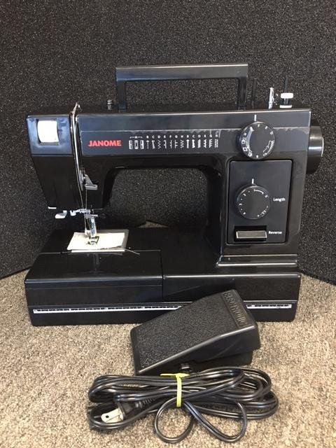 USED - Janome 731LE with hard cover - $50