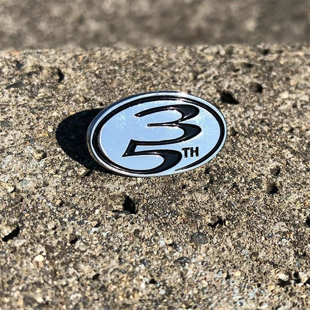35th Ave Oval Logo Pin Silver/Black
