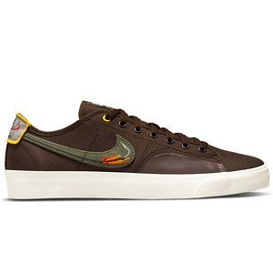 Nike SB Blazer Court DVDL BAROQUE BROWN/MEDIUM OLIVE