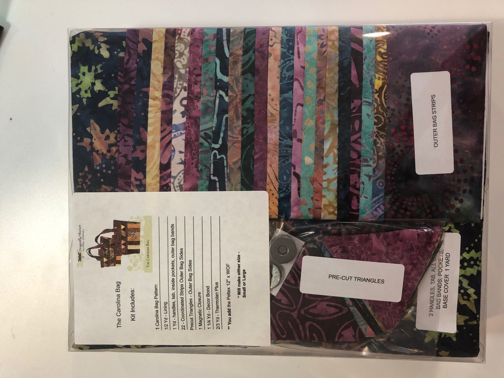 Carolina Bag Kit - Hoffman Batik Blue Leaves