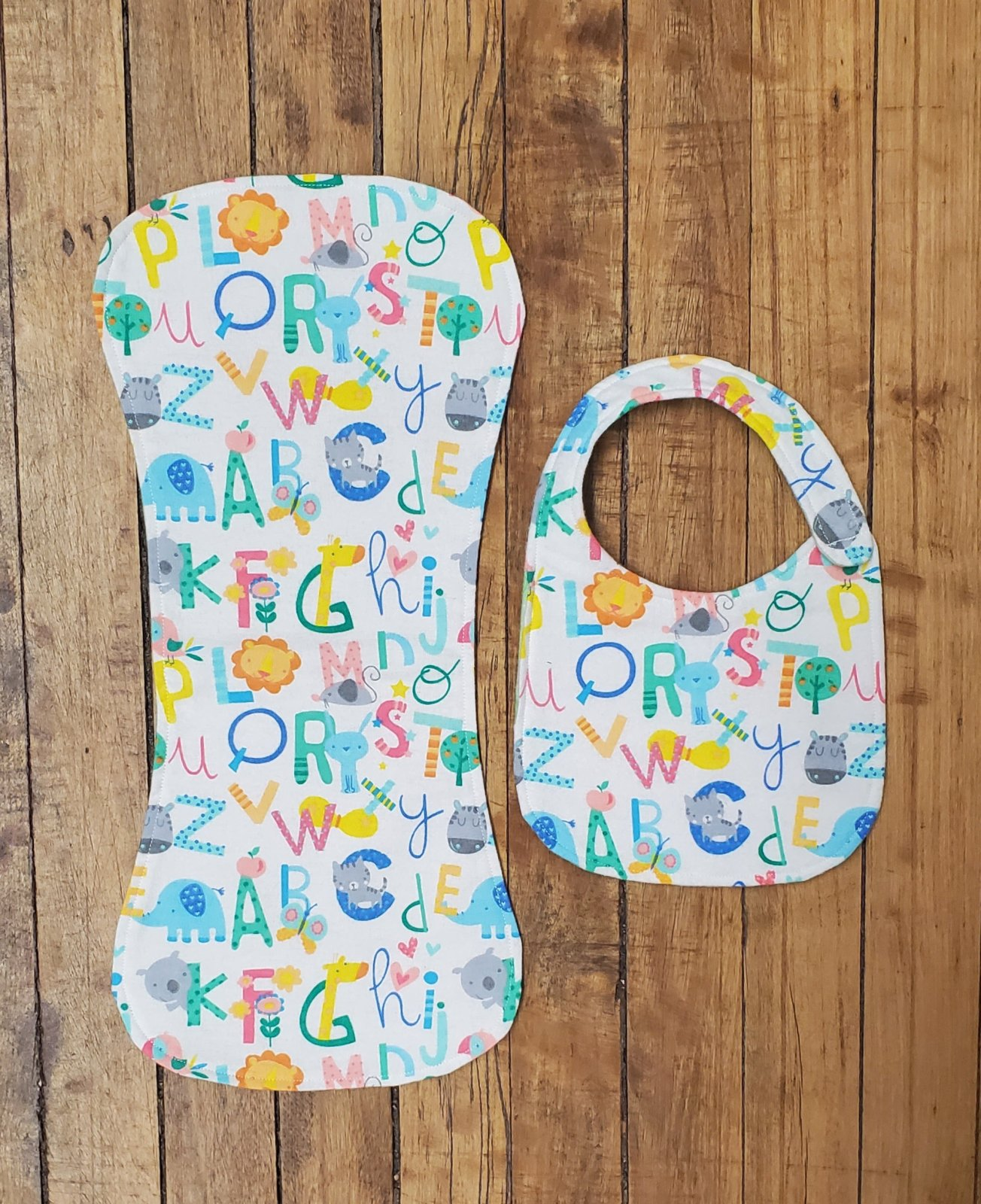 Flannel Bib & Burp Cloth Kit