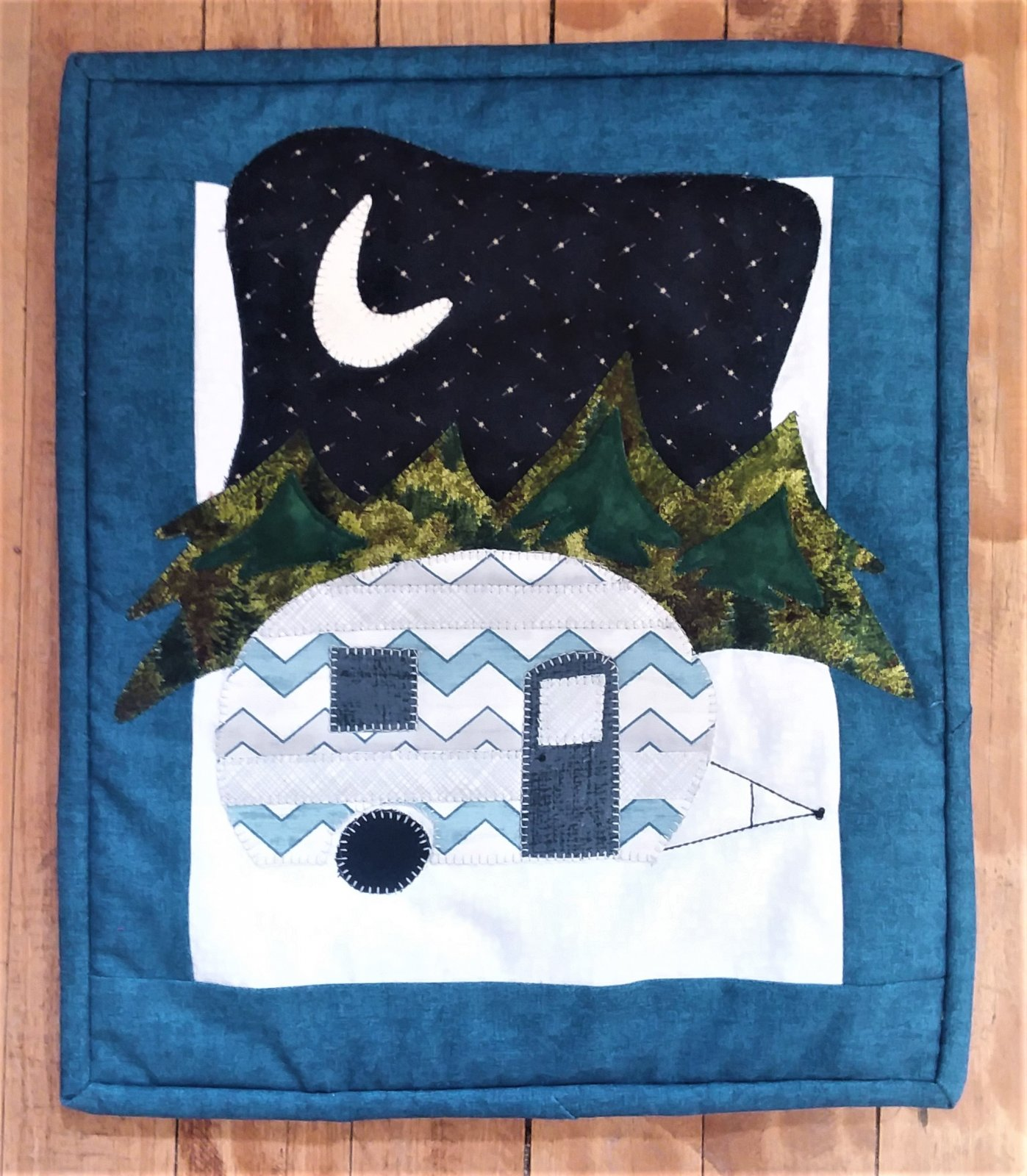 Little Camper Wall Hanging Kit