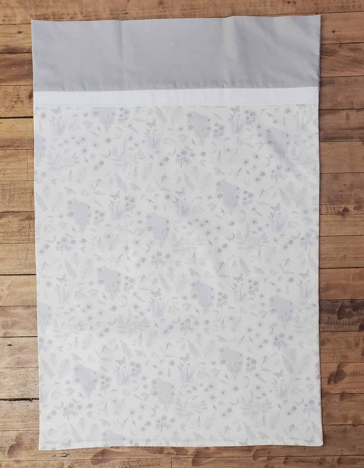 Shop Hop 2020 Cream Pillowcase Kit