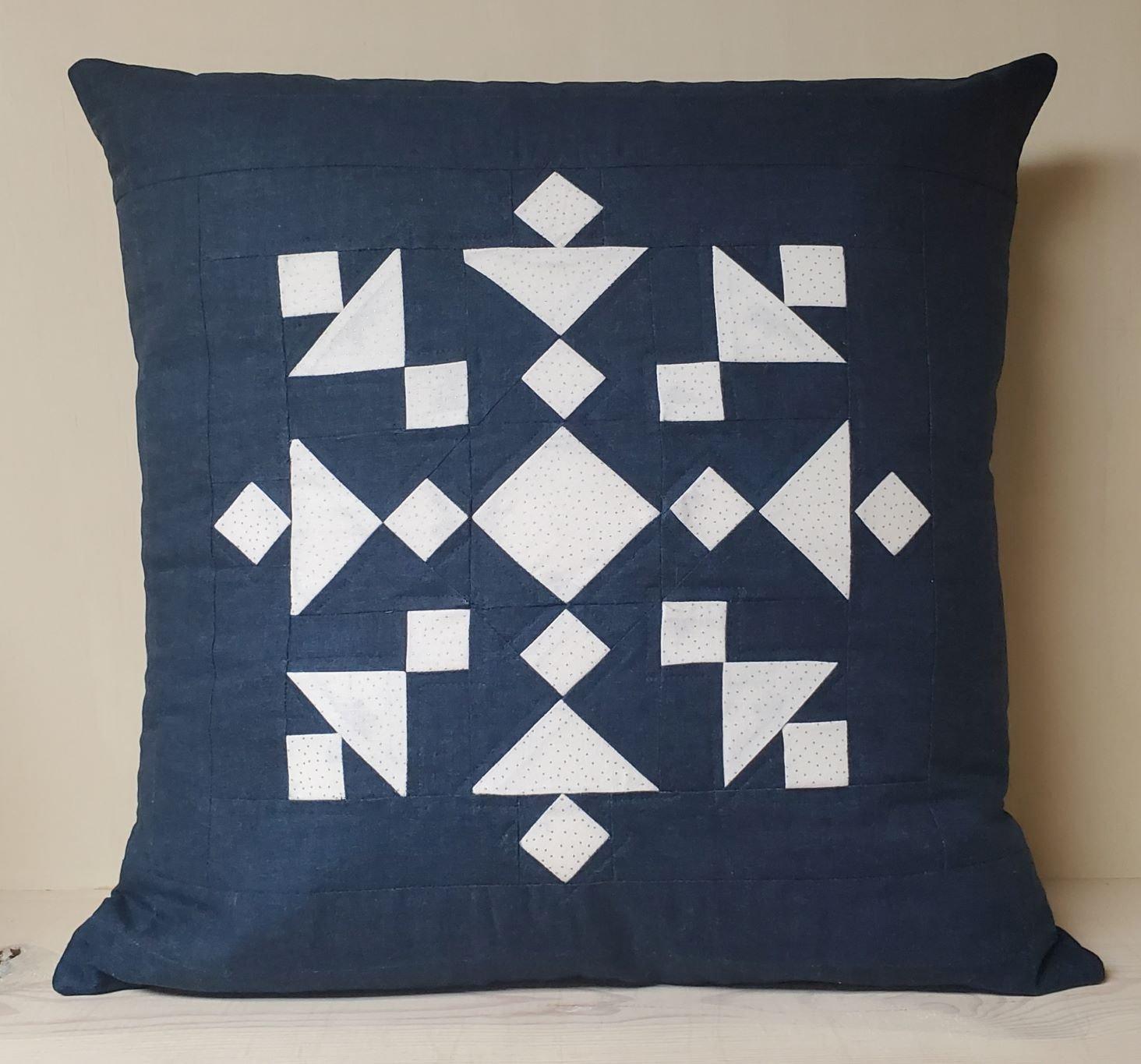 Snazzy Snowflake Pillow Kit