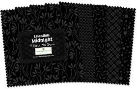 WIL MIDNIGHT ESSENTIALS 5 CHARMS