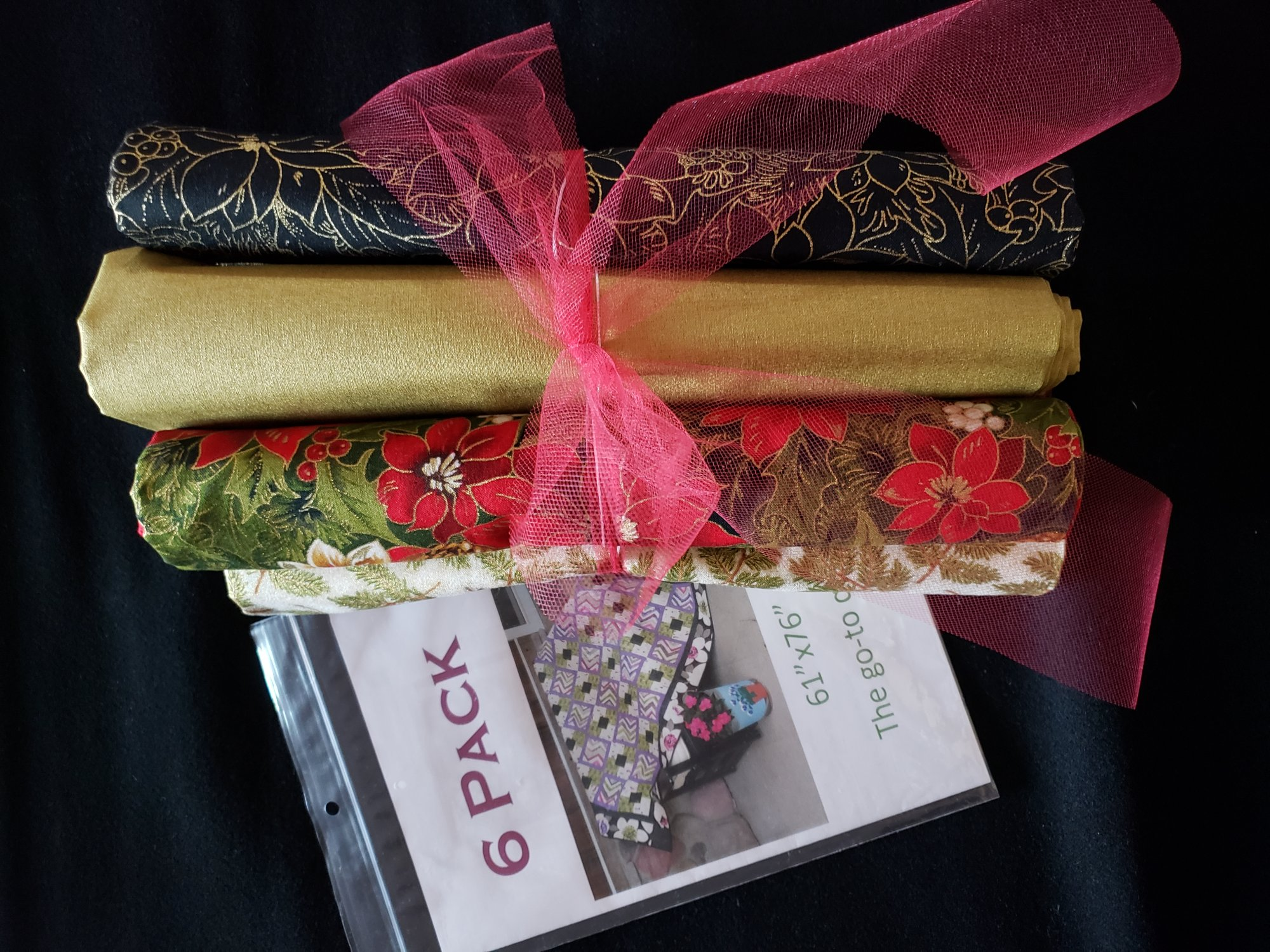 6 Pack Quilt Kit w/ Pattern - Christmas