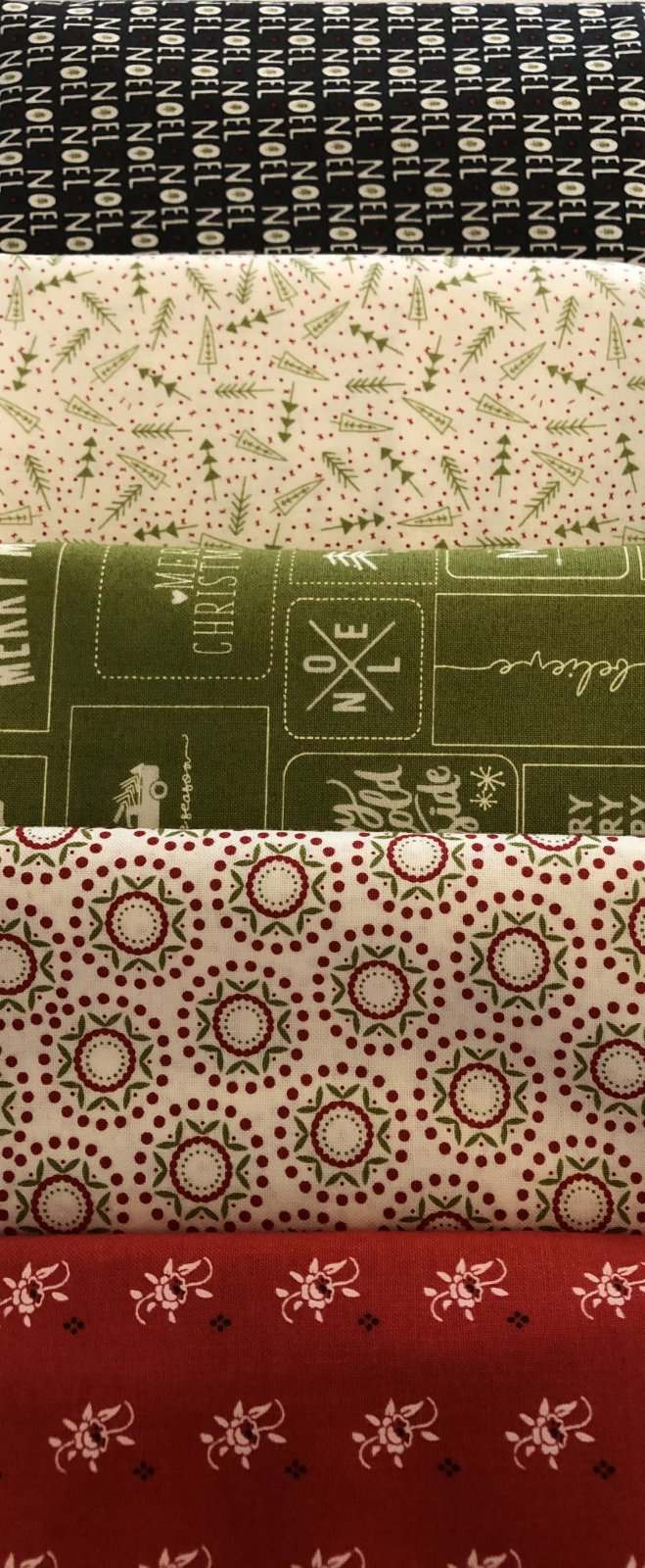 5 - 1 yd Bundle Red and Green Christmas