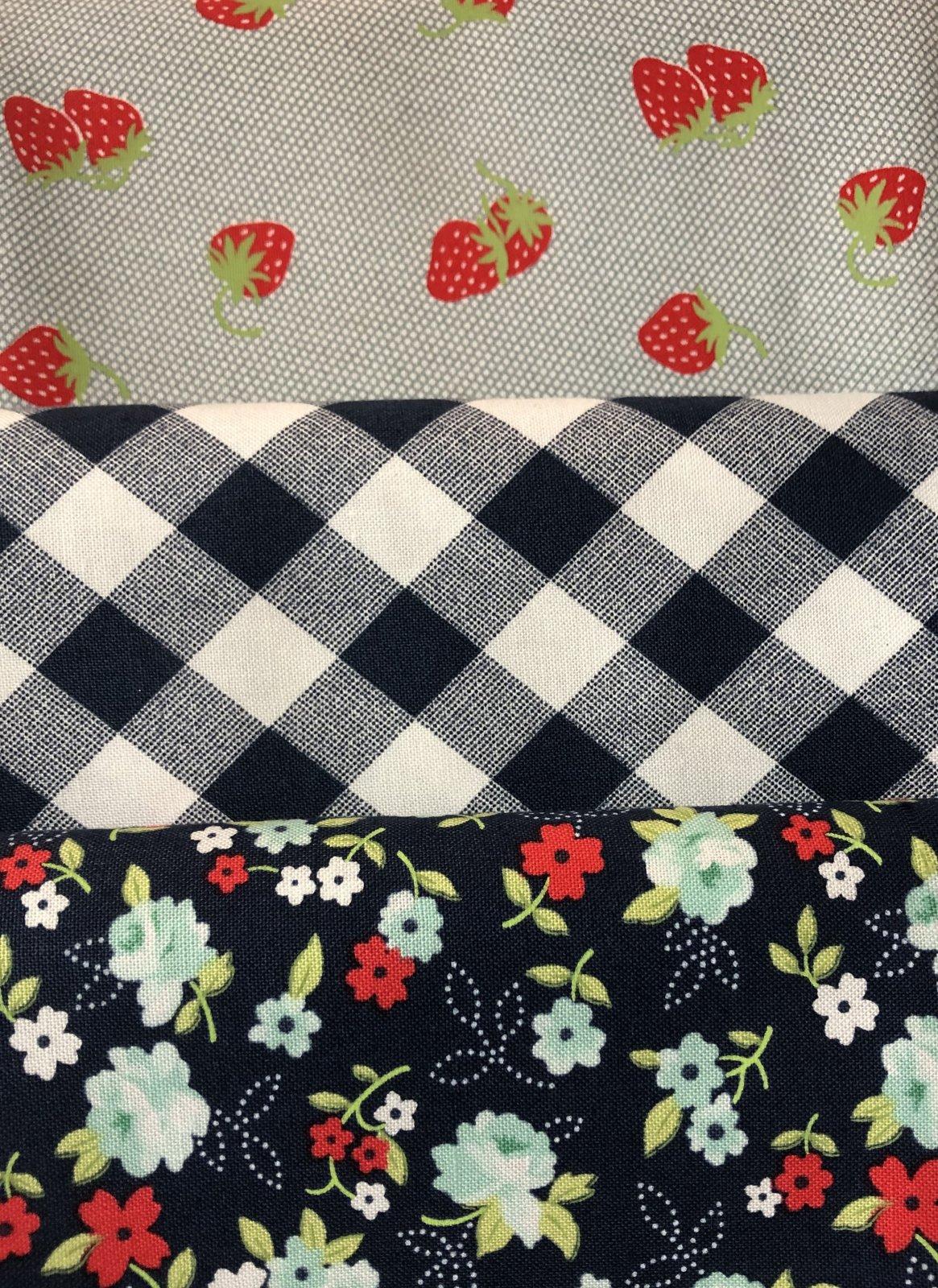 3 Yd Bundle Navy Strawberries