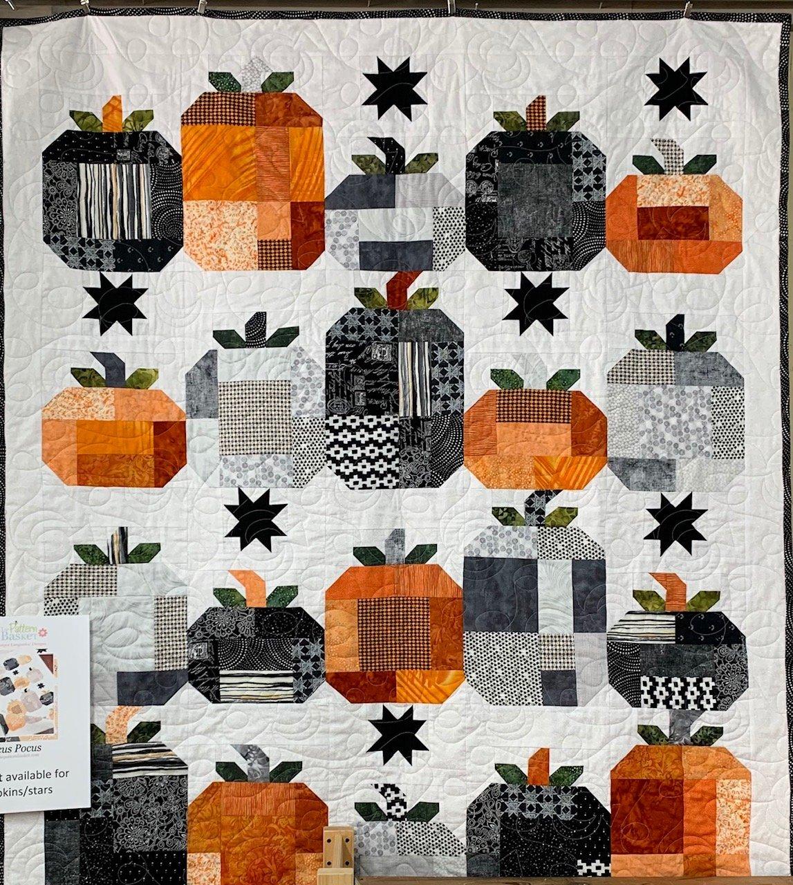 Hocus Pocus - Fabrit Kit + Pattern (fabric for pumpkins/stars)