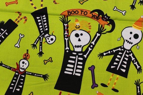 Andover Fabrics Dem Bones Green