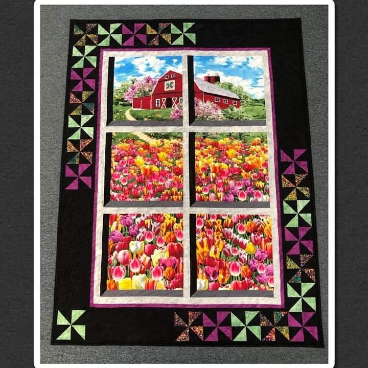 Tulips in the Country Kit - 37' x 50