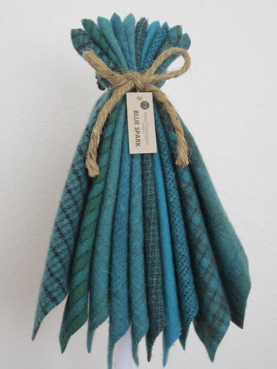 Mary Flanigan Wool Bundle - 8 x 6 1/2 - Blue Spark