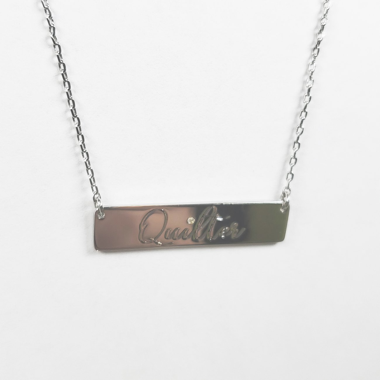 Quilter Bar Necklace Silver