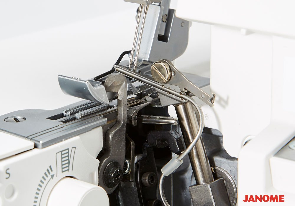 Janome Air Thread 2000D Serger