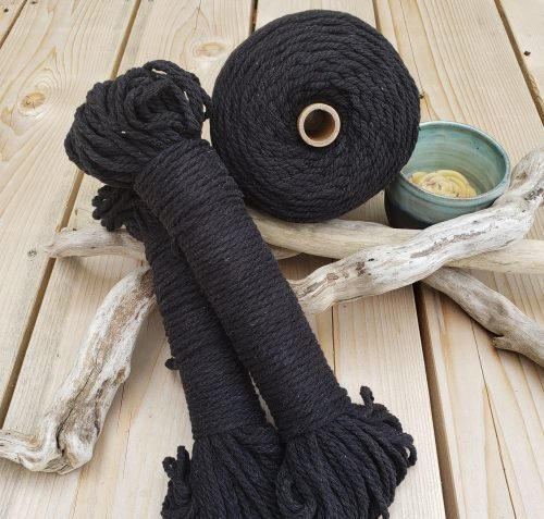 Aster & Vine Recycled Cotton Rope - 4mm Hanks 150'