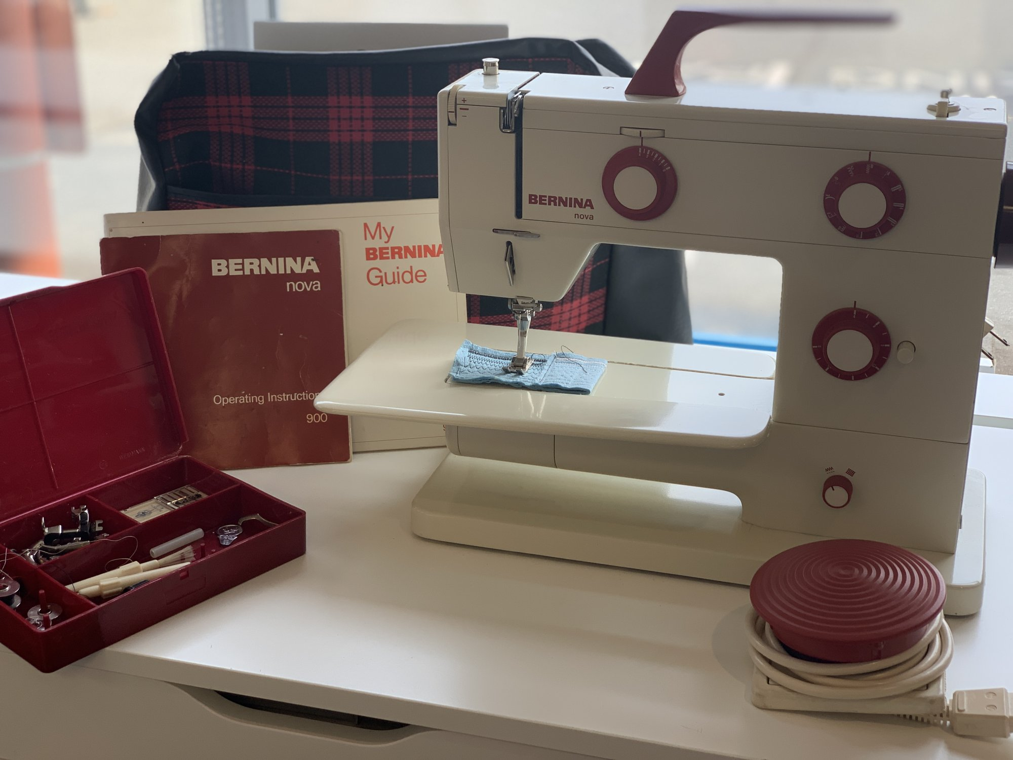 Bernina NOVA 900 Vintage Collectors Machine