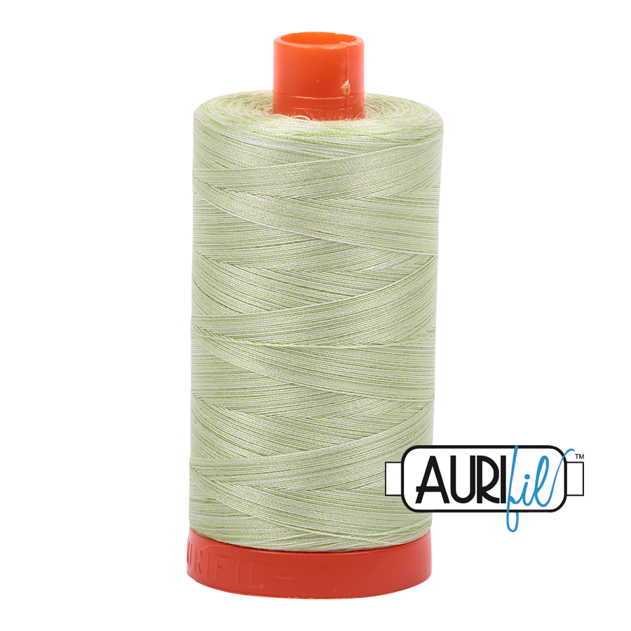 AURIfil  Mako 50 wt Light Spring Green 3320 1300m (Variegated)