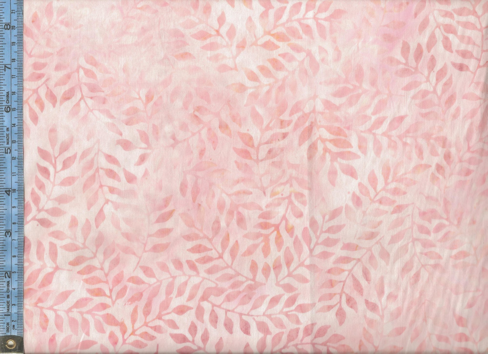 Tropical Breeze Balis - (07041-02) peachy-pink leaves on pink background