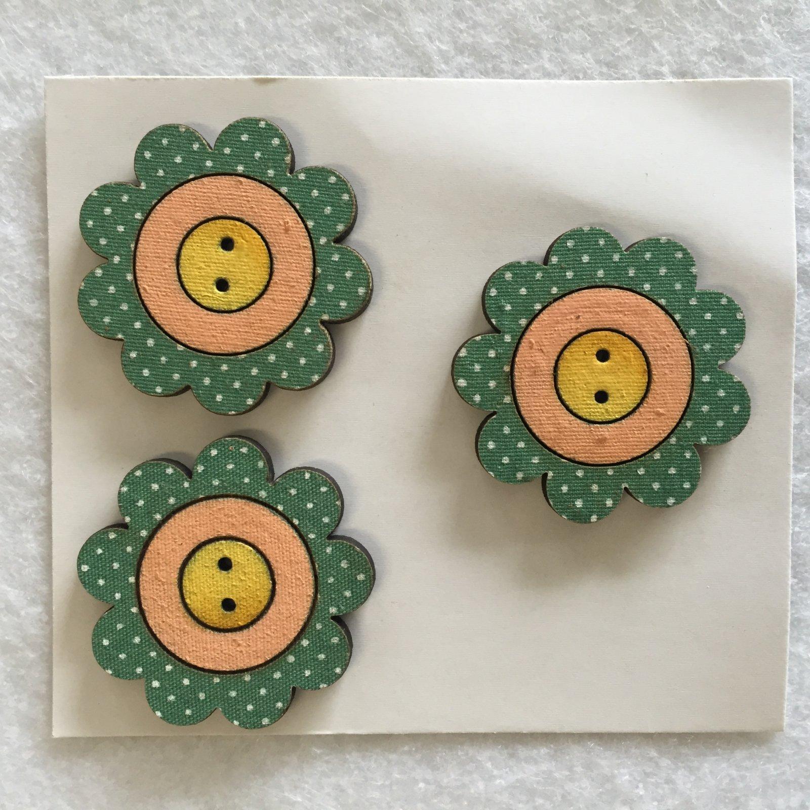 Three Flower Power Buttons  (BP-01FP)
