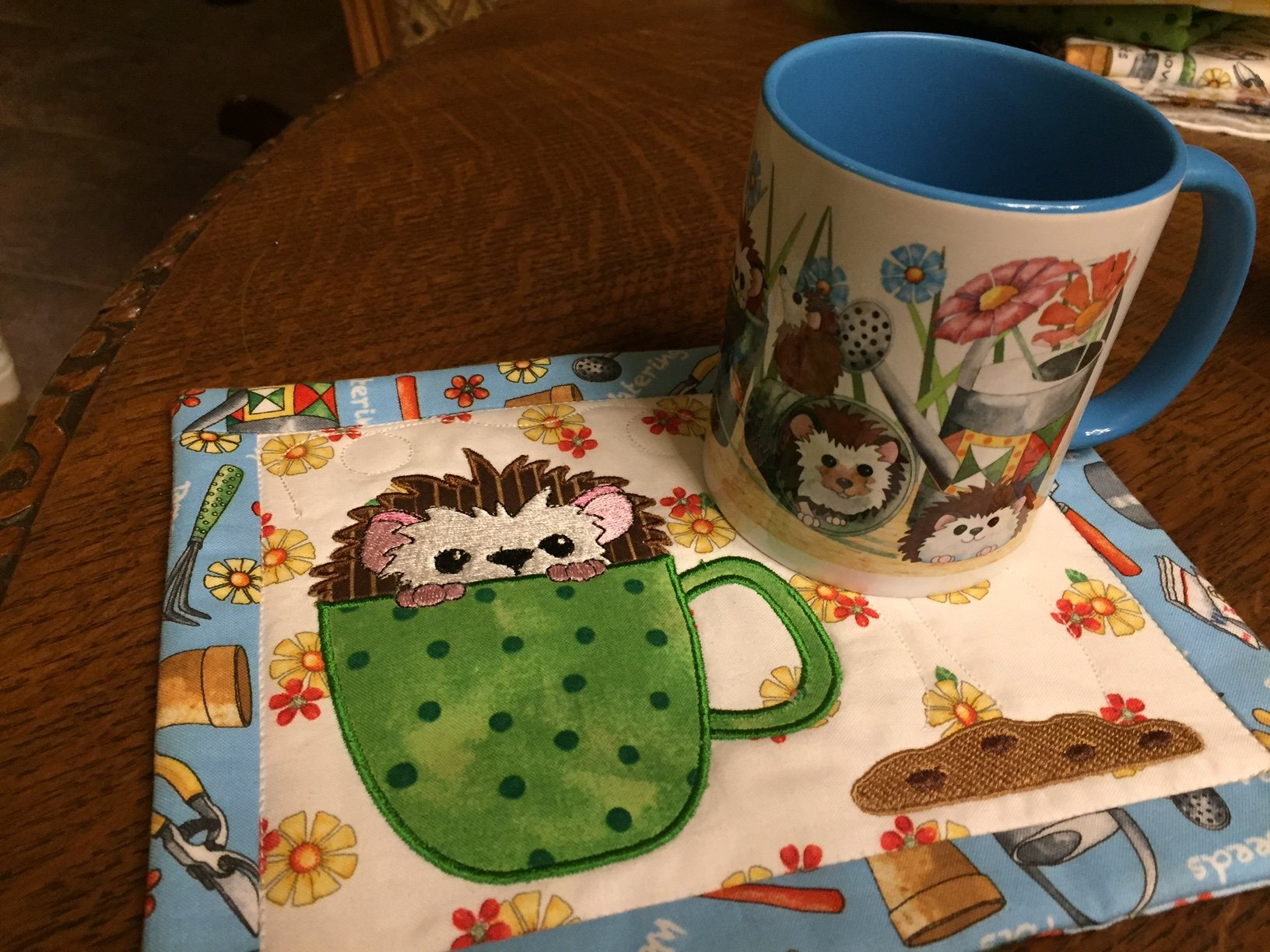 Cookie Time Hedgehog Mug Rug Embroidery CD