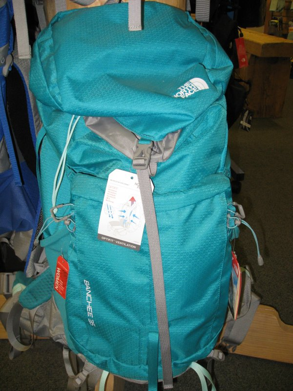 north face banchee 35