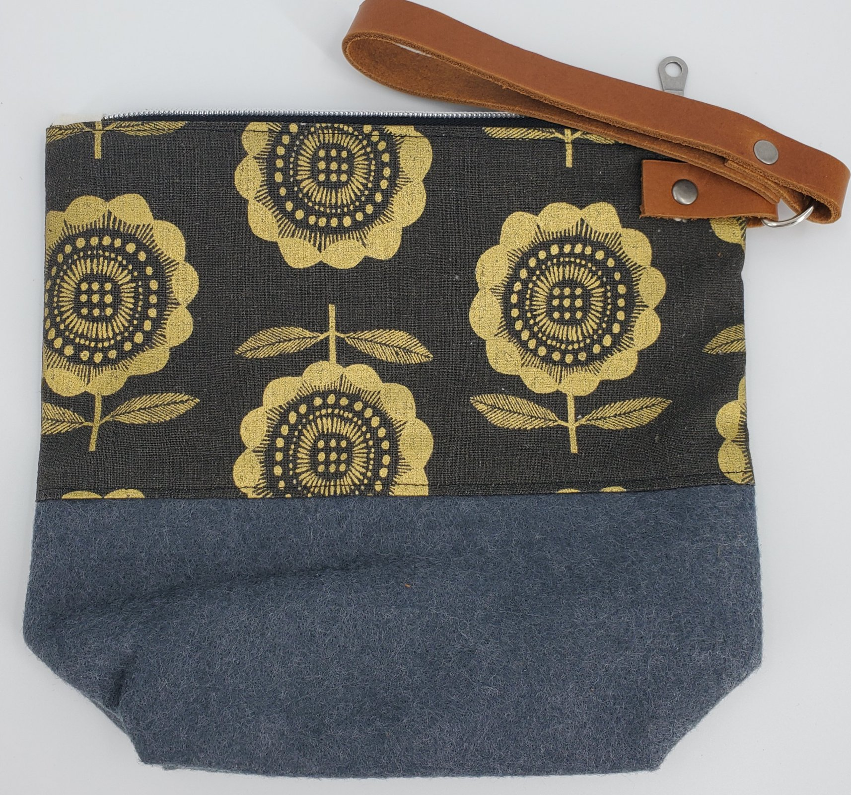 Darn Yarn MN Wool Wedges Project Bags