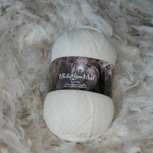 White Gum Wool 4-Ply Yarn